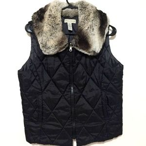 Lord & Taylor Women's Full Zip Puffer Vest (M)